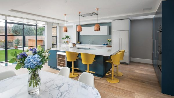 Contemporary kitchen with a touch of colour
